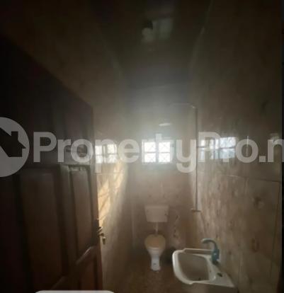 3 bedroom Flat / Apartment for rent Ugbighoko Off Ekenwan Oredo Edo - 2