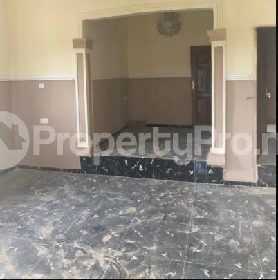 3 bedroom Flat / Apartment for rent Ugbighoko Off Ekenwan Oredo Edo - 1