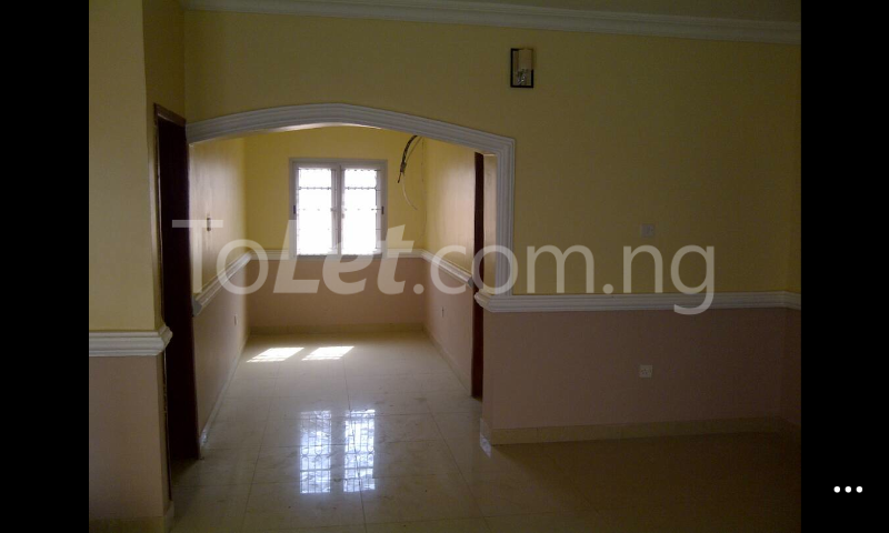 3 bedroom Flat / Apartment for rent Gowon/gemade Estate Egbeda Alimosho Lagos - 3