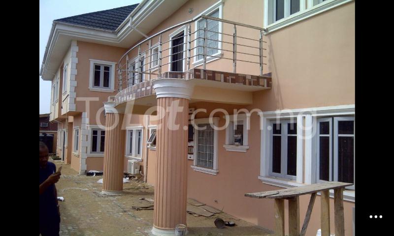3 bedroom Flat / Apartment for rent Gowon/gemade Estate Egbeda Alimosho Lagos - 0