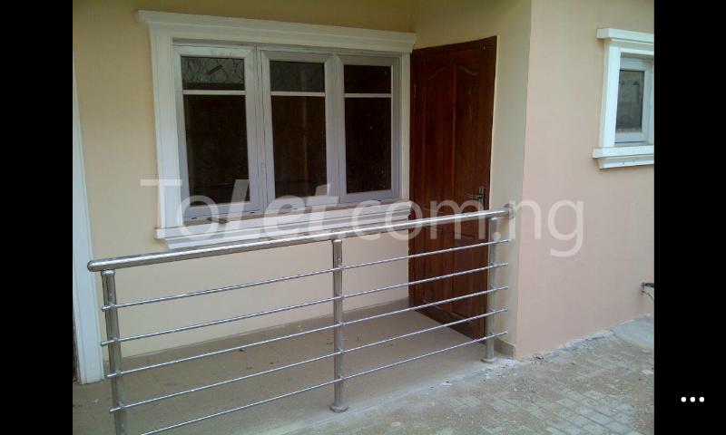 3 bedroom Flat / Apartment for rent Gowon/gemade Estate Egbeda Alimosho Lagos - 2
