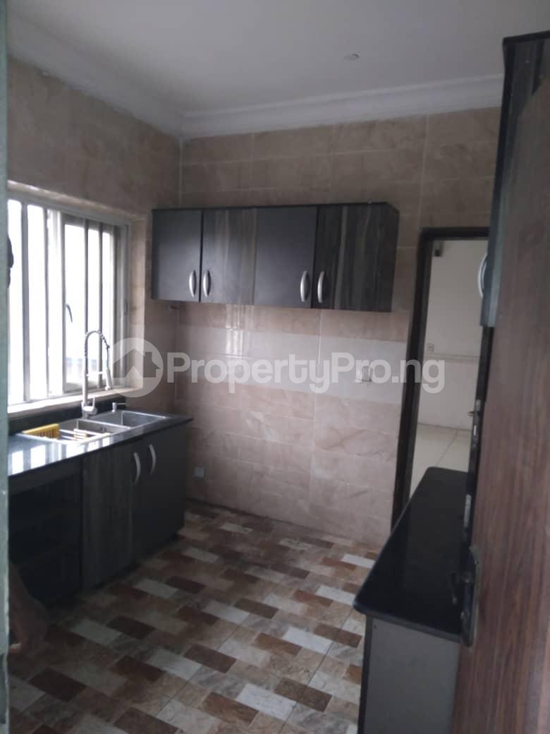 3 bedroom Flat / Apartment for rent Iponri Western Avenue Surulere Lagos - 7
