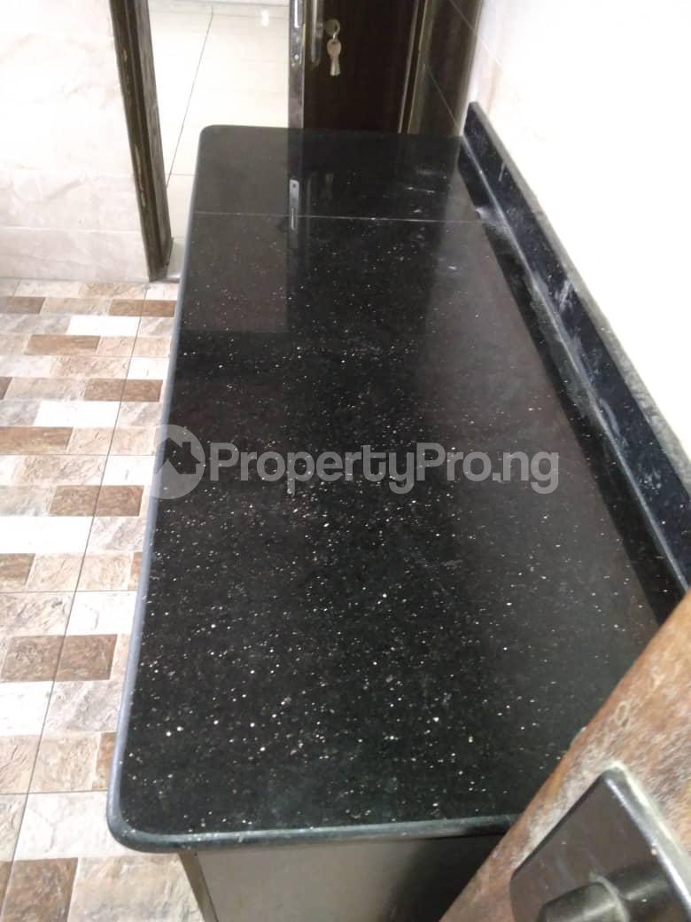 3 bedroom Flat / Apartment for rent Iponri Western Avenue Surulere Lagos - 4
