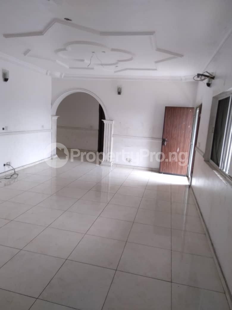 3 bedroom Flat / Apartment for rent Iponri Western Avenue Surulere Lagos - 1