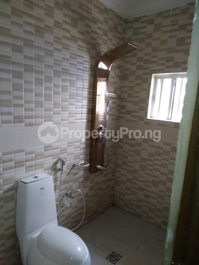3 bedroom Flat / Apartment for rent Iponri Western Avenue Surulere Lagos - 2