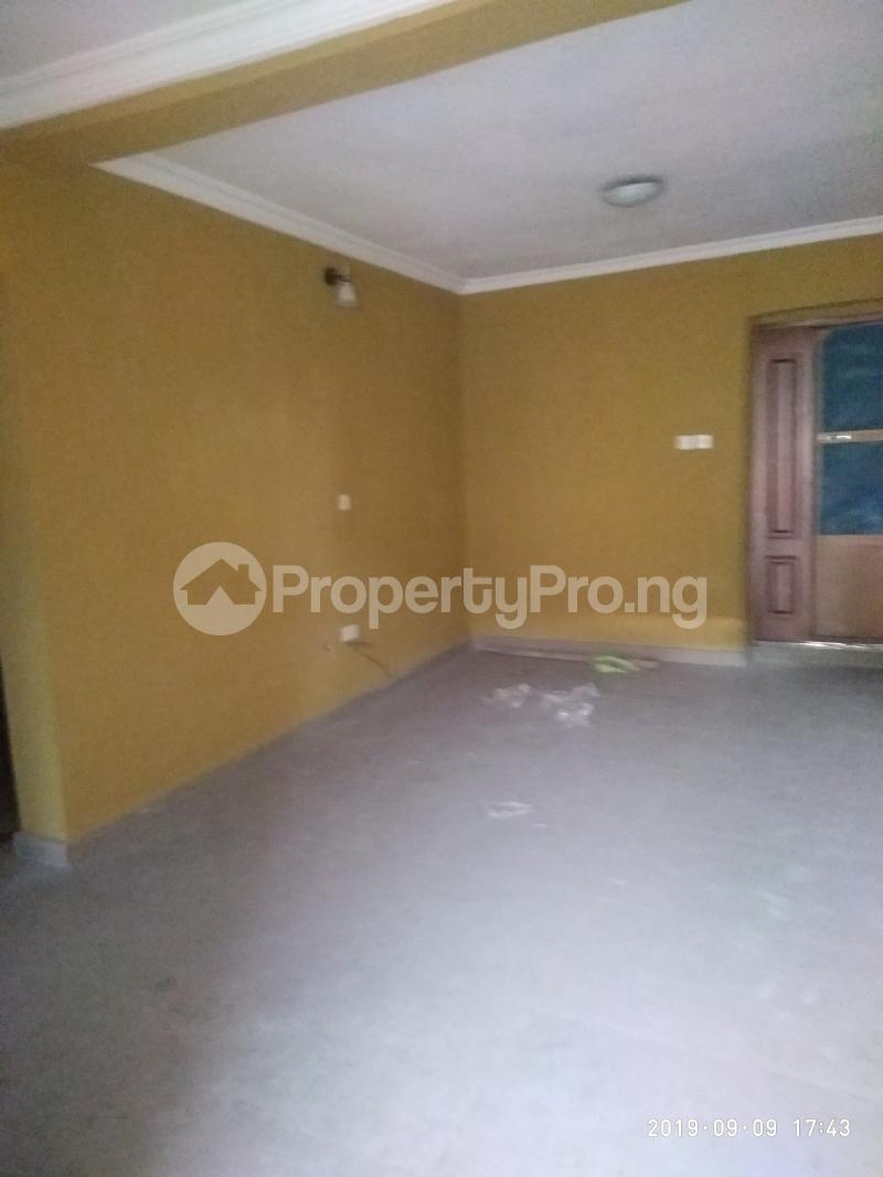 3 bedroom Flat / Apartment for rent vaughan Alaka/Iponri Surulere Lagos - 6