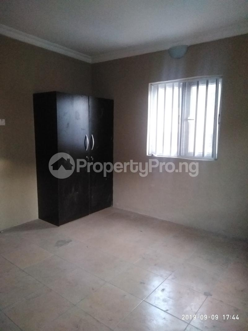 3 bedroom Flat / Apartment for rent vaughan Alaka/Iponri Surulere Lagos - 5