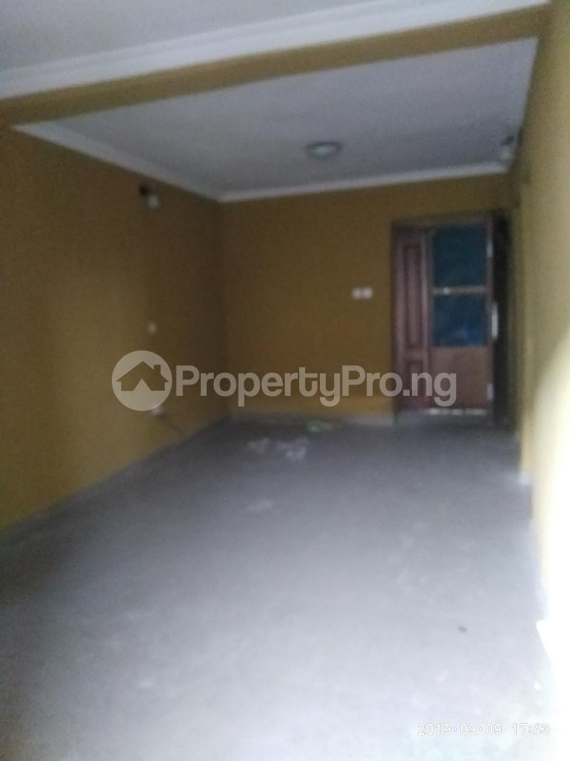 3 bedroom Flat / Apartment for rent vaughan Alaka/Iponri Surulere Lagos - 7