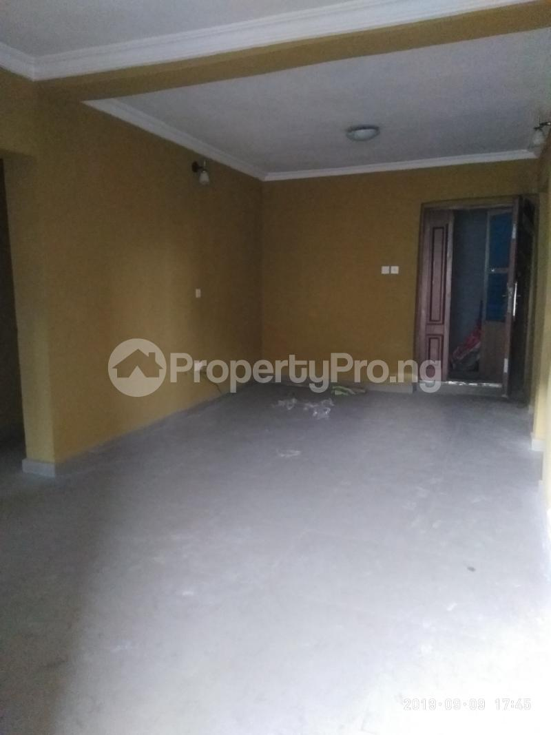 3 bedroom Flat / Apartment for rent vaughan Alaka/Iponri Surulere Lagos - 2
