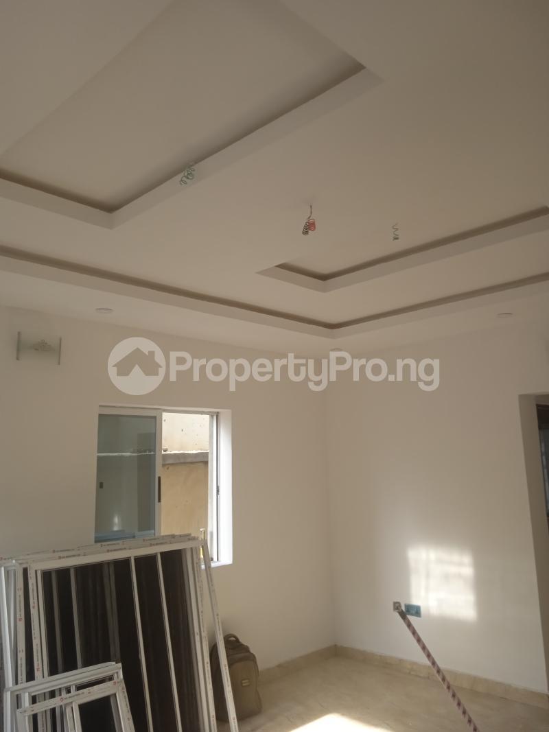 3 bedroom Flat / Apartment for rent Olufemi Ogunlana Surulere Lagos - 0