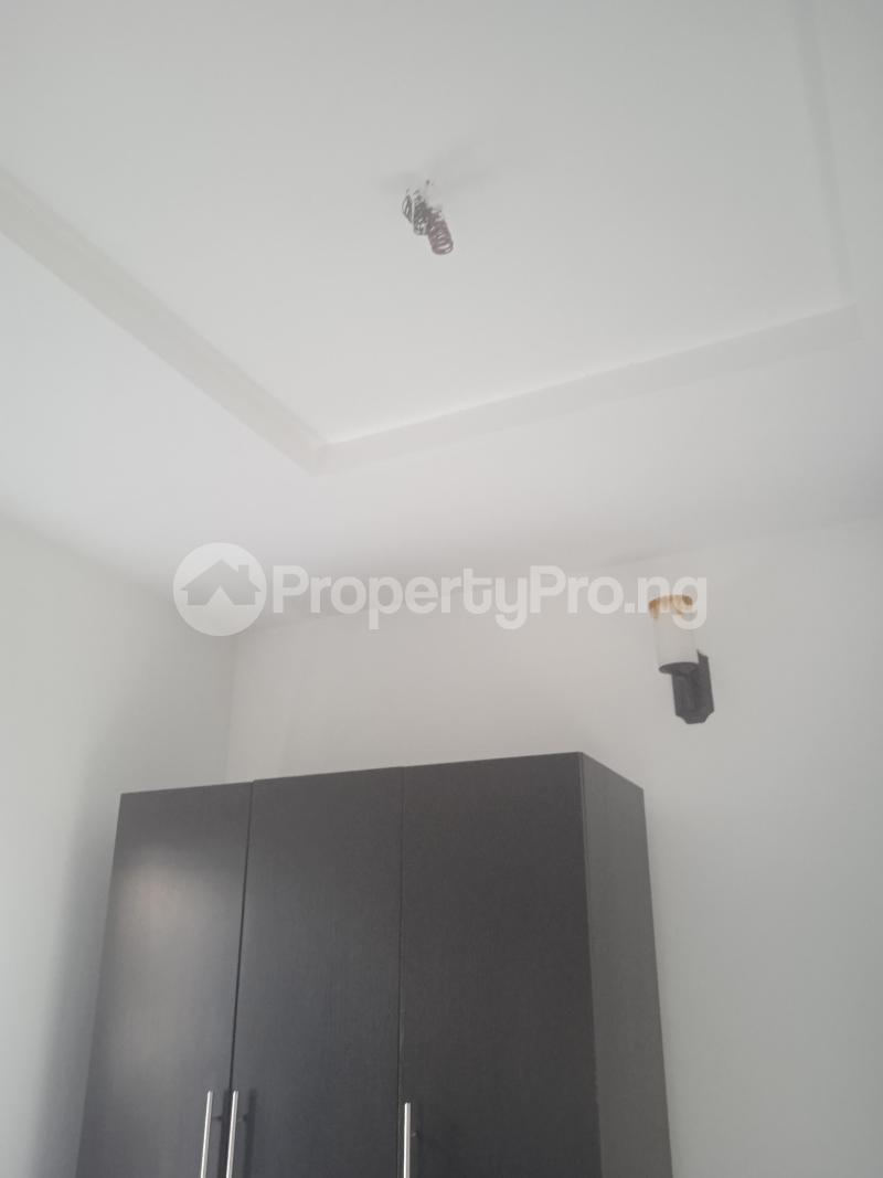3 bedroom Flat / Apartment for rent Olufemi Ogunlana Surulere Lagos - 4