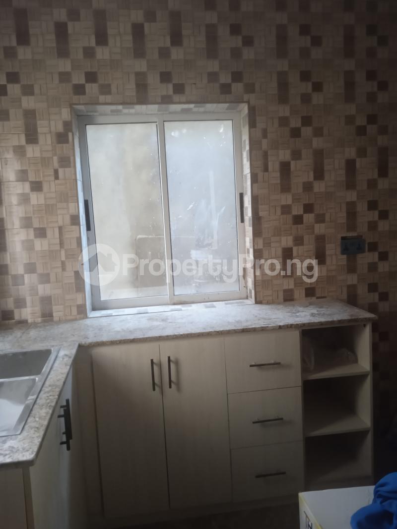 3 bedroom Flat / Apartment for rent Olufemi Ogunlana Surulere Lagos - 1