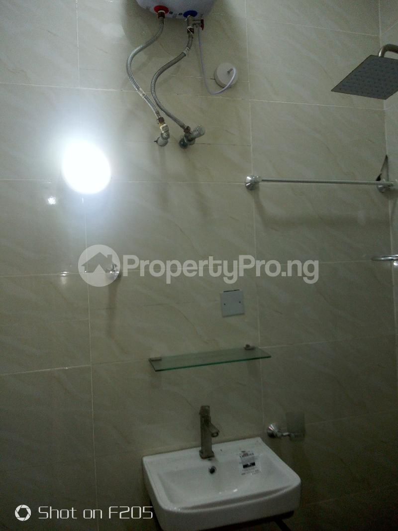 3 bedroom Flat / Apartment for rent Tarred road Isolo Lagos - 4