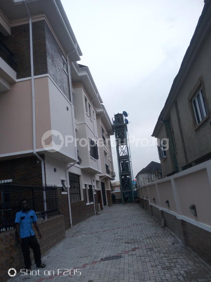 3 bedroom Flat / Apartment for rent Tarred road Isolo Lagos - 7