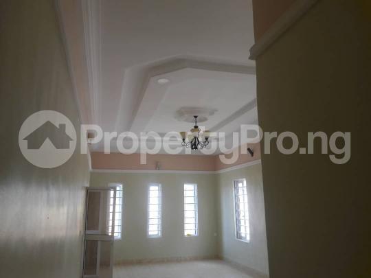 3 bedroom Bungalow for sale New GRA Transekulu Enugu state. Enugu East Enugu - 3