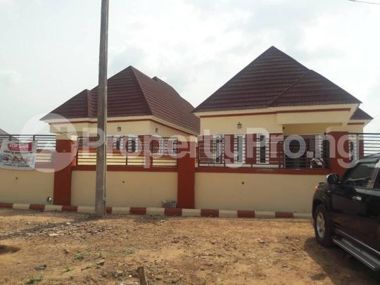 3 bedroom Bungalow for sale New GRA Transekulu Enugu state. Enugu East Enugu - 0