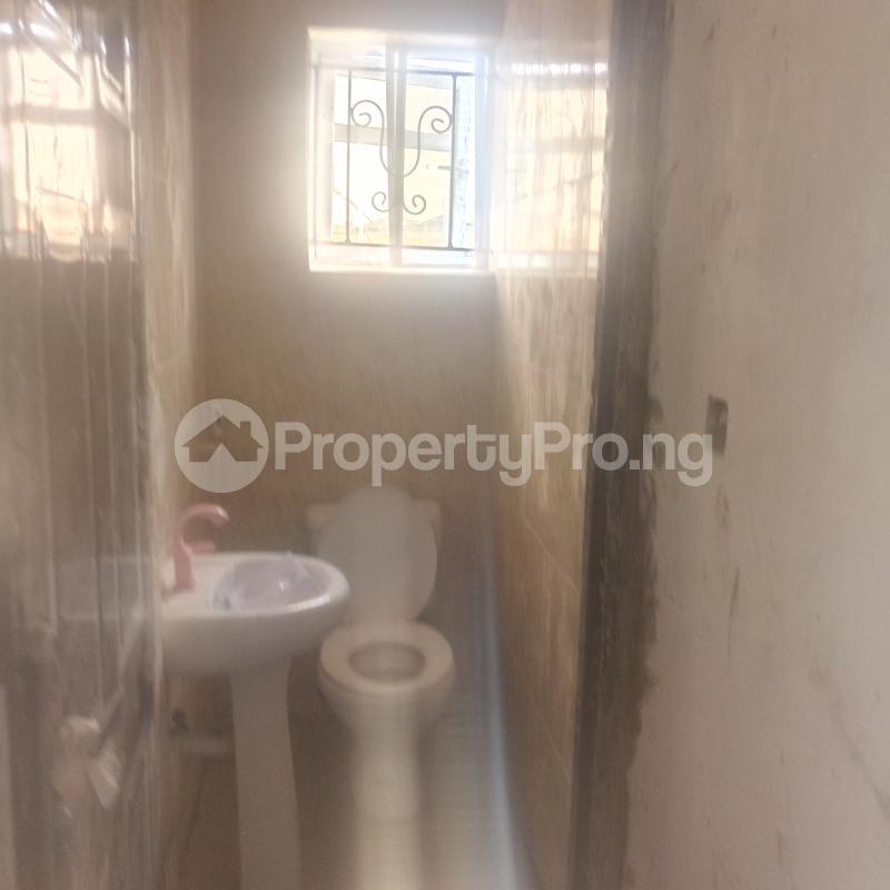 3 bedroom Flat / Apartment for rent Cole Street Lawanson Surulere Lagos - 4