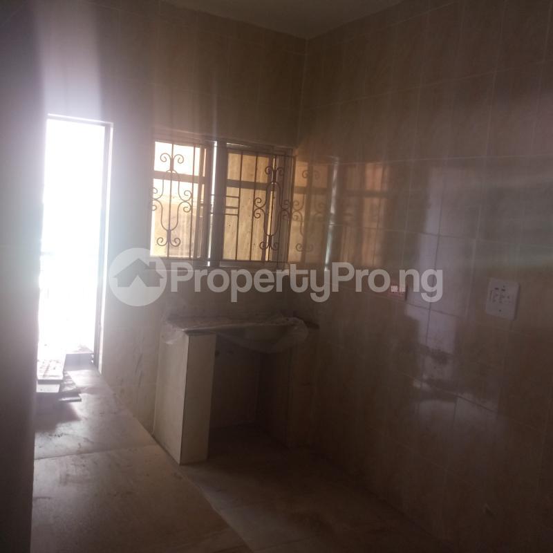 3 bedroom Flat / Apartment for rent Cole Street Lawanson Surulere Lagos - 6