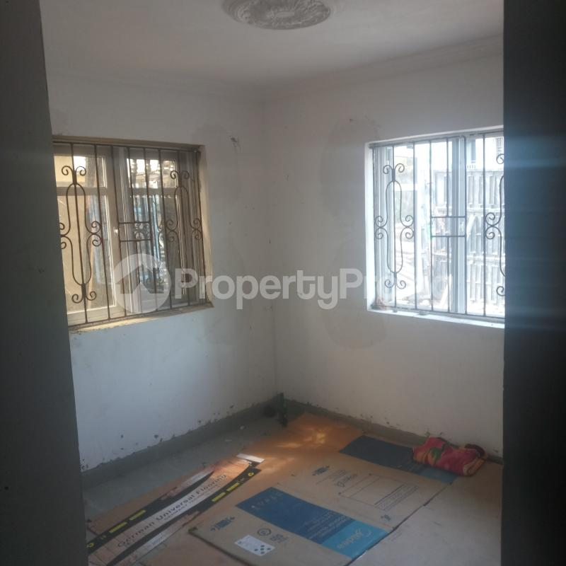 3 bedroom Flat / Apartment for rent Cole Street Lawanson Surulere Lagos - 7