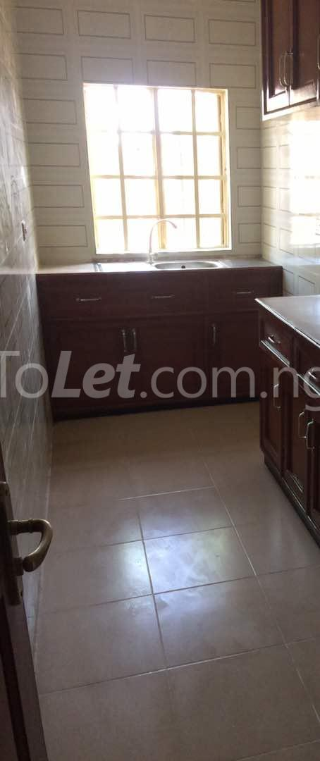 3 bedroom Flat / Apartment for rent Akoka Akoka Yaba Lagos - 6