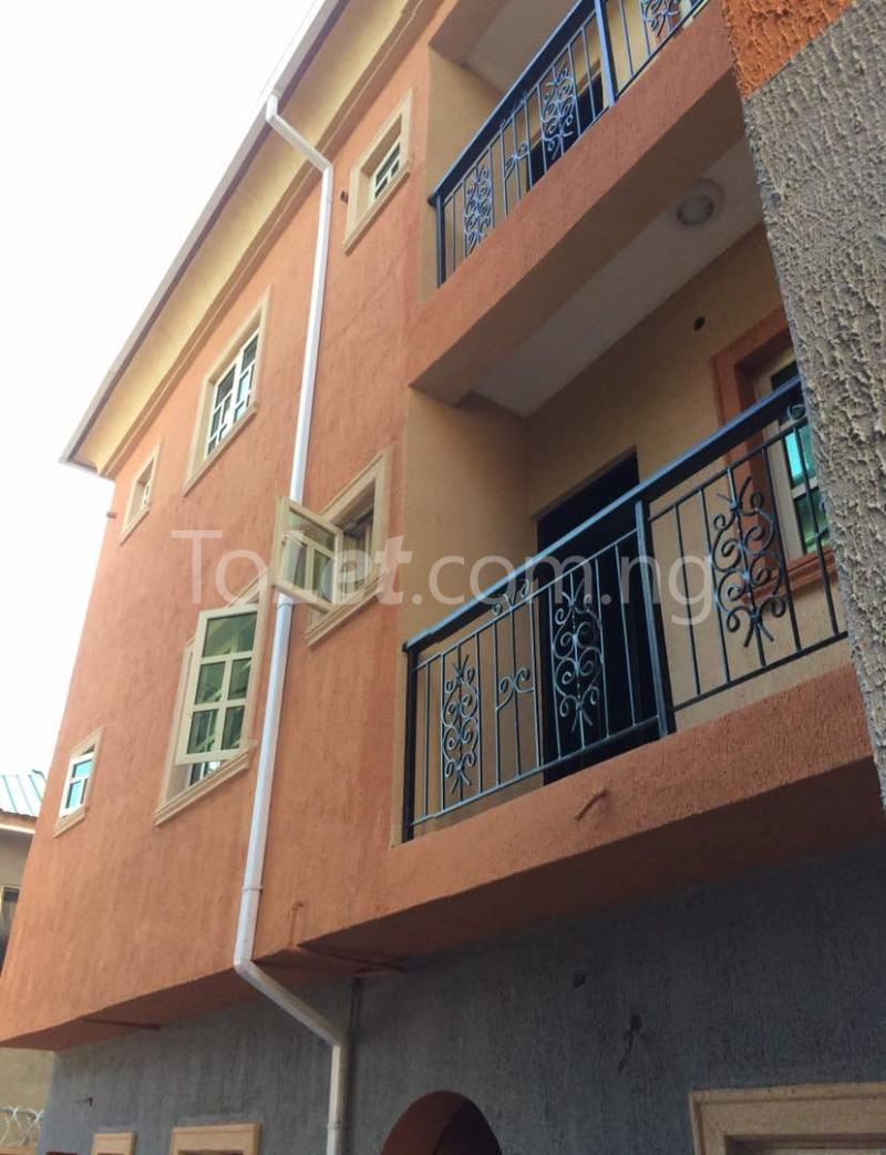 3 bedroom Flat / Apartment for rent Akoka Akoka Yaba Lagos - 2