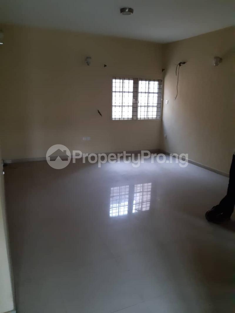 3 bedroom Flat / Apartment for rent surulere  Adelabu Surulere Lagos - 9