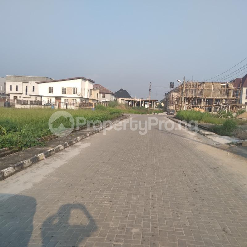 4 bedroom Detached Duplex for rent Ablag Road, Off Monastery Road, Behind Shoprite Ajah Lagos - 24