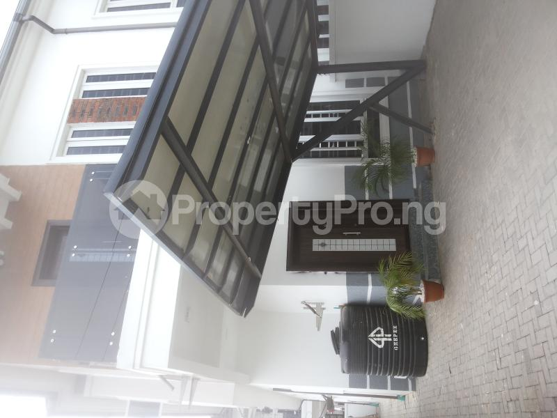 4 bedroom Office Space Commercial Property for sale spg Ologolo Lekki Lagos - 0