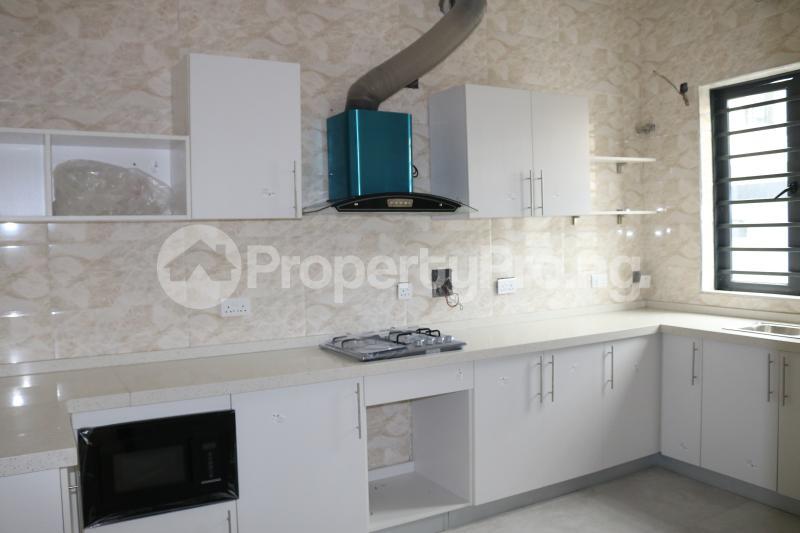 4 bedroom Semi Detached Duplex House for sale Chevron Lekki Phase 2 Lekki Lagos - 11