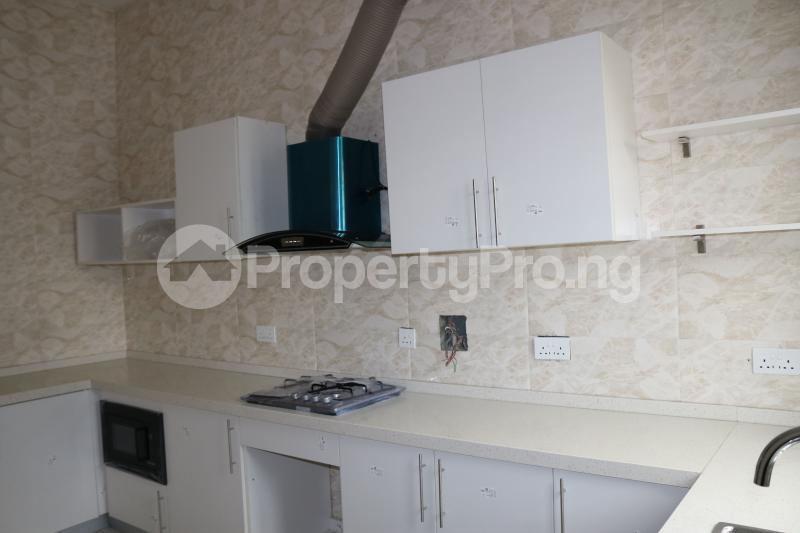 4 bedroom Semi Detached Duplex House for sale Chevron Lekki Phase 2 Lekki Lagos - 13