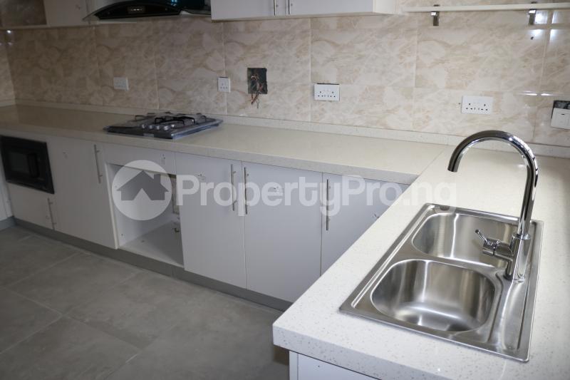 4 bedroom Semi Detached Duplex House for sale Chevron Lekki Phase 2 Lekki Lagos - 12