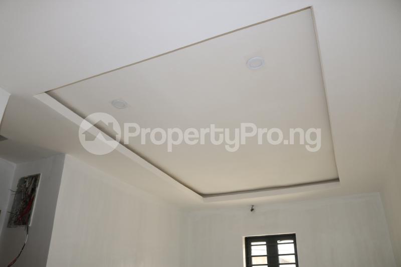4 bedroom Semi Detached Duplex House for sale Chevron Lekki Phase 2 Lekki Lagos - 16