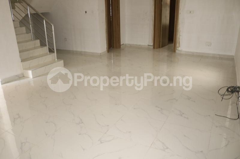 4 bedroom Semi Detached Duplex House for sale Chevron Lekki Phase 2 Lekki Lagos - 5