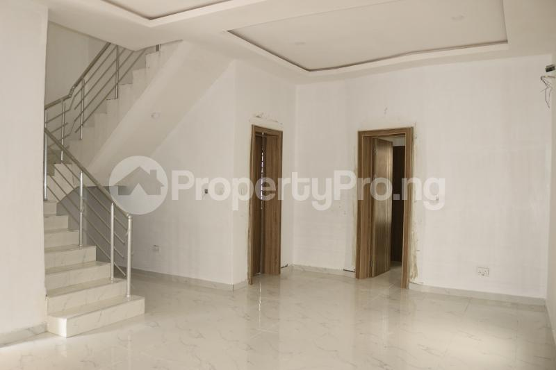 4 bedroom Semi Detached Duplex House for sale Chevron Lekki Phase 2 Lekki Lagos - 7