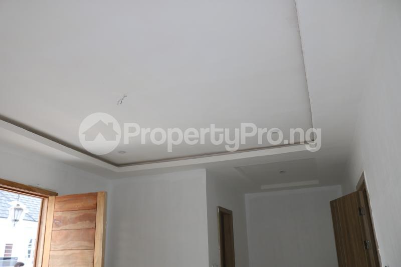 4 bedroom Semi Detached Duplex House for sale Chevron Lekki Phase 2 Lekki Lagos - 20