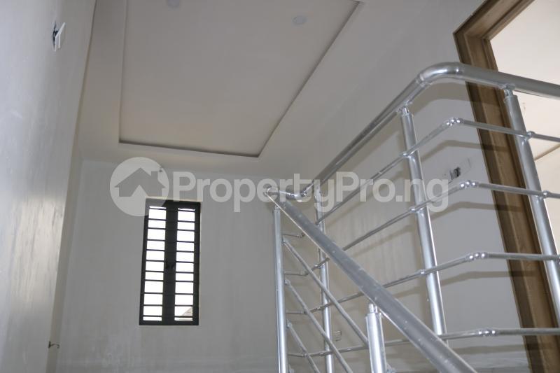 4 bedroom Semi Detached Duplex House for sale Chevron Lekki Phase 2 Lekki Lagos - 14
