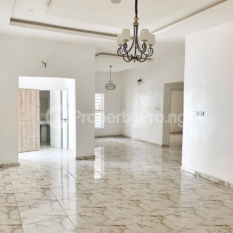 4 bedroom Semi Detached Duplex House for sale Jakande Lekki Lagos - 15