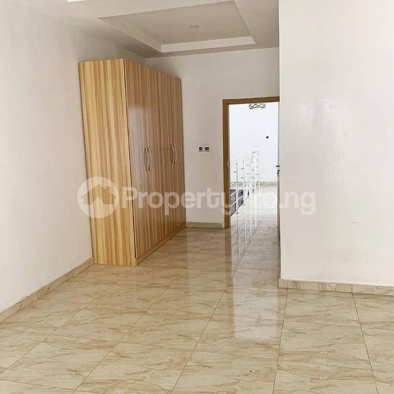 4 bedroom Semi Detached Duplex House for sale Jakande Lekki Lagos - 8