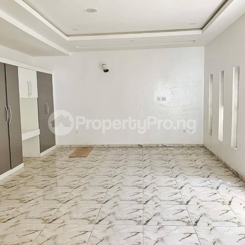 4 bedroom Semi Detached Duplex House for sale Jakande Lekki Lagos - 17
