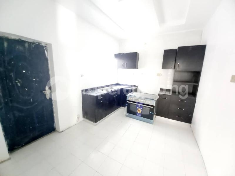 4 bedroom Semi Detached Duplex for sale Lekki Phase 1 Lekki Lagos - 3