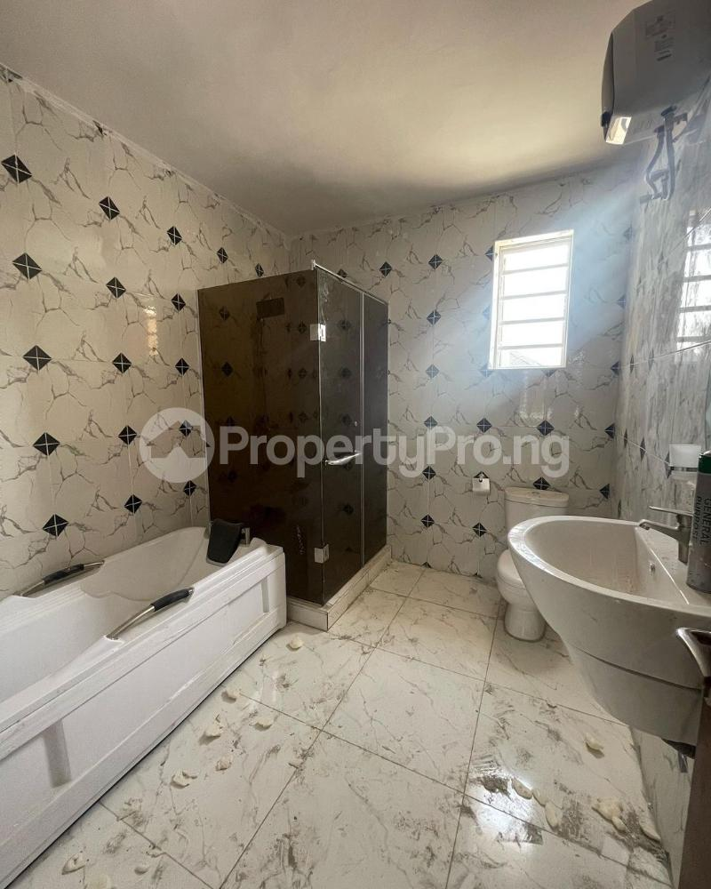 4 bedroom Terraced Duplex for sale Ologolo Lekki Lagos - 9