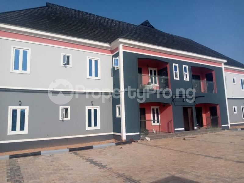 3 bedroom Blocks of Flats for rent Evbukhu Road Off Sapele Road, Close To Rock Of Ages Christian Church Oredo Edo - 1