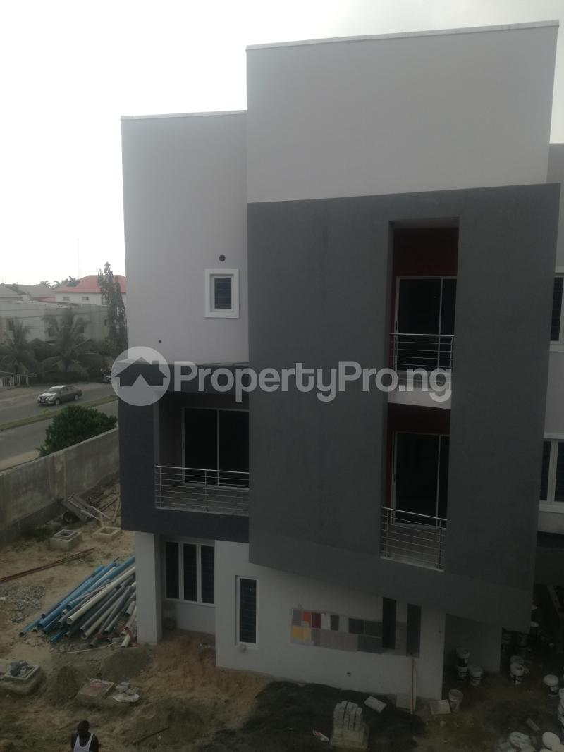 4 bedroom Flat / Apartment for sale Admiralty Road Lekki Phase 1  Lekki Phase 1 Lekki Lagos - 1