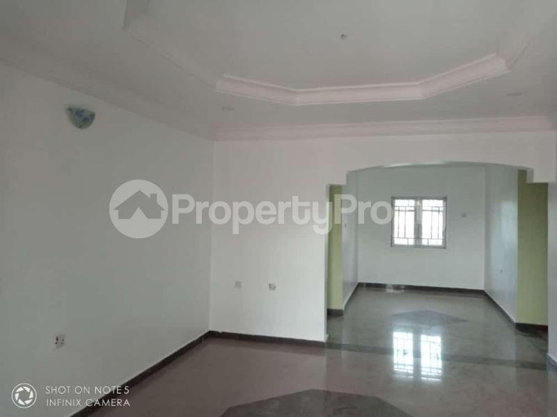 3 bedroom Flat / Apartment for sale Transekulu by dental school Enugu state. Enugu East Enugu - 3