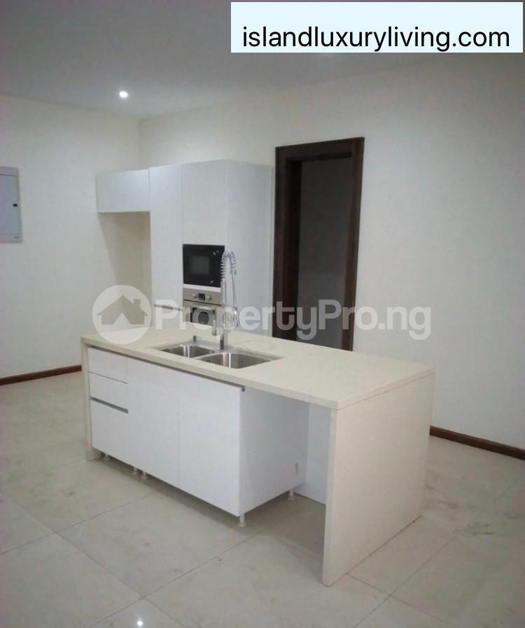 5 bedroom Penthouse Flat / Apartment for rent Off Alexander  Old Ikoyi Ikoyi Lagos - 19