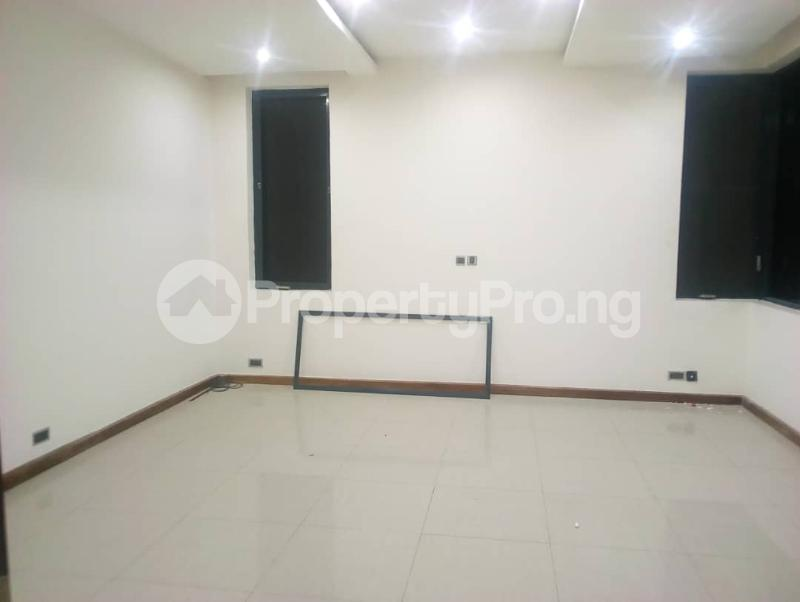 5 bedroom Penthouse Flat / Apartment for rent Off Alexander  Old Ikoyi Ikoyi Lagos - 21