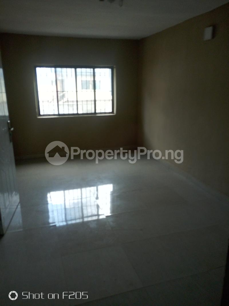 5 bedroom Flat / Apartment for rent Apple estate Amuwo Odofin Lagos - 10