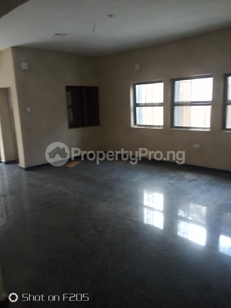 5 bedroom Flat / Apartment for rent Apple estate Amuwo Odofin Lagos - 12