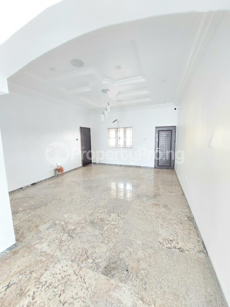 5 bedroom Detached Duplex for sale Lekky County Estate chevron Lekki Lagos - 9
