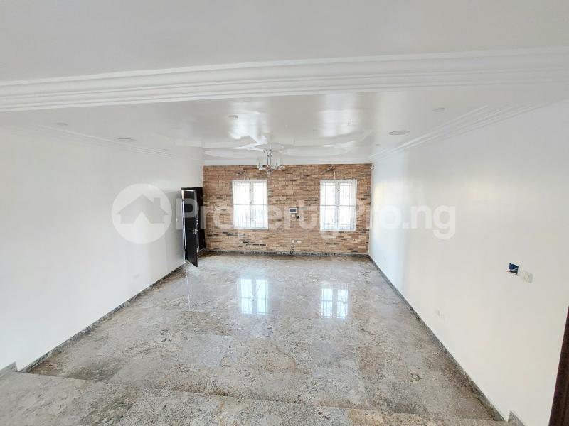 5 bedroom Detached Duplex for sale Lekky County Estate chevron Lekki Lagos - 7